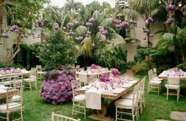 purple-hydrangea-wedding-flowers-hanging-from-above__full-carousel