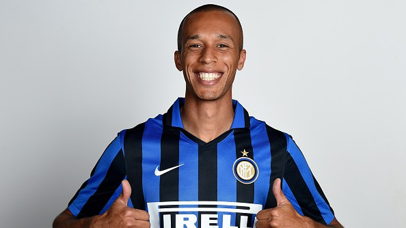 482628312-miranda-of-fc-internazionale-poses-for-his-gettyimages-e1438683185803