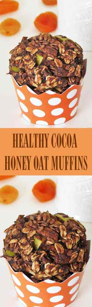 Healthy Cocoa Honey Oat Muffins - Healthy oat muffins recipe packed with REAL ingredients like honey, flax seeds, banana, apple, cocoa and dried apricots. Naturally sweeten oat muffins are perfect for breakfast! by ilonaspassion.com I @ilonaspassionilonaspassion.com