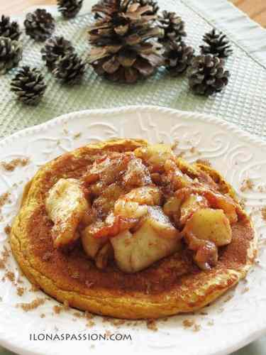 Buttermilk Pumpkin Pancakes with Caramelized Apples by ilonaspassion.com