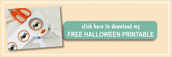 DIY: How to make your own cupcake toppers with step by step tutorial and spider free Halloween printable cupcake toppers by ilonaspassion.com I @ilonaspassion