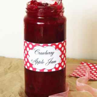 Cranberry Apple Jam + Free Printable Jar Labels
