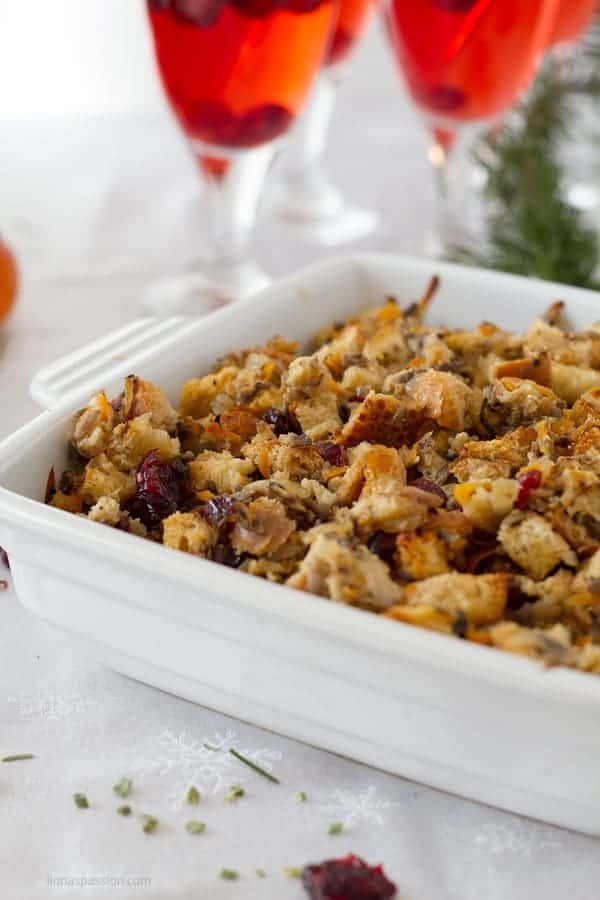 Baked stuffing casserole dish made with veggies without meat by ilonaspassion.com I @ilonaspassion