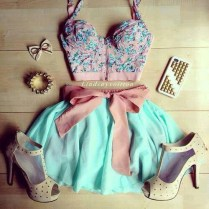 beautiful-clothes-clothing-crop-top-Favim.com-2638574