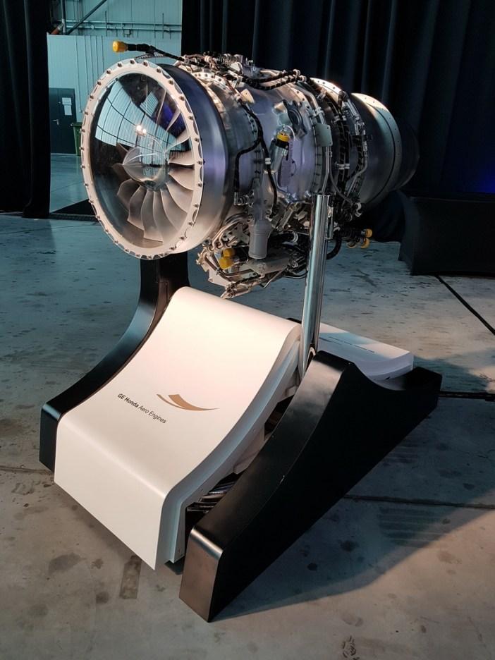 Silnik turboodrzutowy GE Honda HF120 | GE Honda HF120