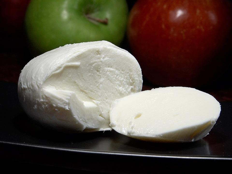 mozarella- fior di latte