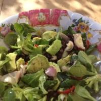 I Love Detox recept. Lentesalade met zwarte bonen en avocado,, ideaal als lunch of hoofdmaaltijd.