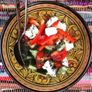 glutenvrije pasta met zalm griekse salade rens kroes