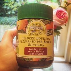 Detoxrecept: honingmosterdsoep met pastinaak en zalm. Suikervrij, gastvrij en glutenvrij, heerlijk verwarmend en snel klaar voor in je detox kuur thuis.