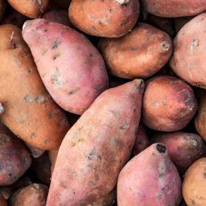 Detox recept voor verwarmende avond maaltijd quinoa zoete aardappel en kikkererwten in pittige curry. Voedzaam en passend in dieet bijgevallen of in een detox kuur. Voor de detox mogelijkheden vraag uw detoxcoach