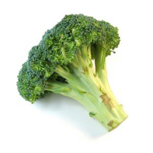 Recept voor detox soep: rode linzen, broccoli, rod peper, koriander, kurkuma, munt, ui, knoflook. Heerlijk en zo klaar