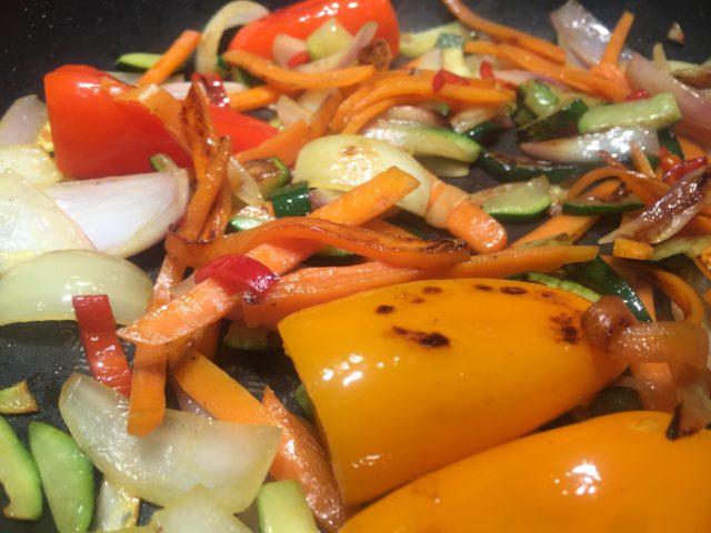 Soyabøf med stegte grøntsager
