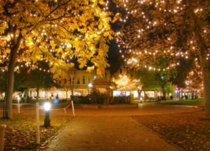 Santa_Fe_Night_Plaza