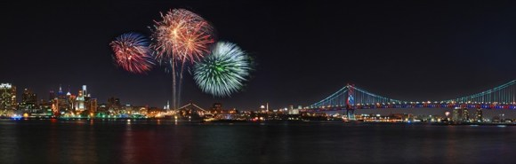 cropped-philly-fireworks-pano-small1