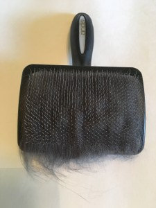 Premium Soft-Tooth Slicker Brush by Andis Review