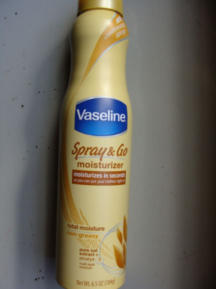 Vaseline Spray and Go moisturizer