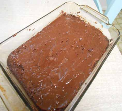frosting-on-brownies
