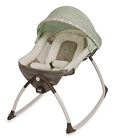 Let your little one be relaxed and soothed in the Graco Little Lounger while you do household chores!