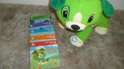 Read With Me Scout toy helps encourage early reading for toddlers!
