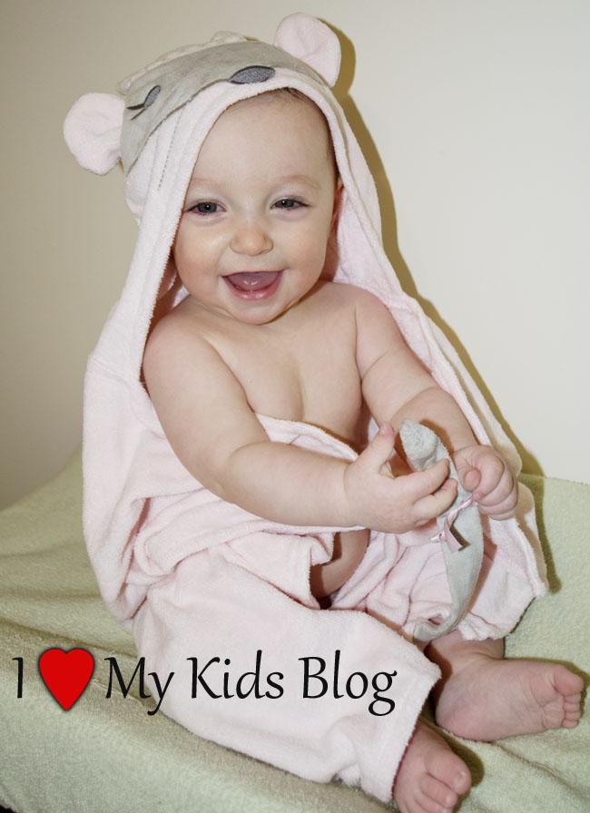 elegant baby mousie princess hooded towel