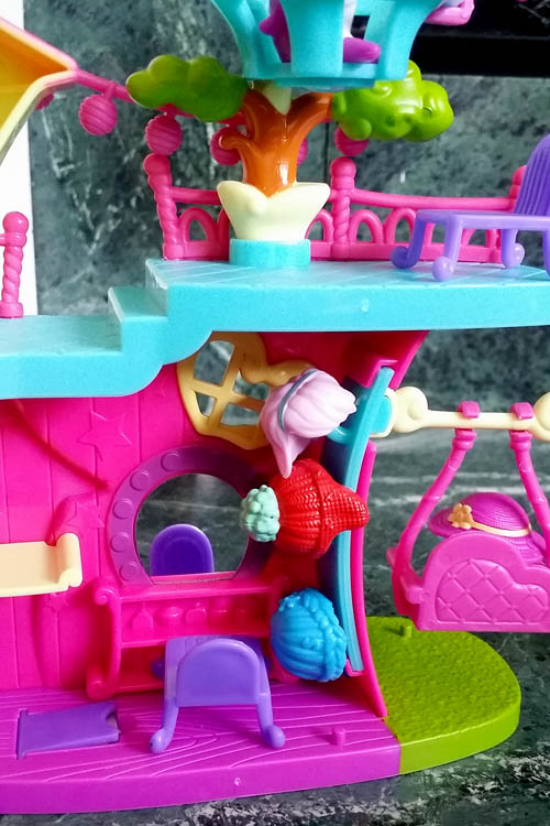 squinkies-do-drops-clubhouse-hair-organizer