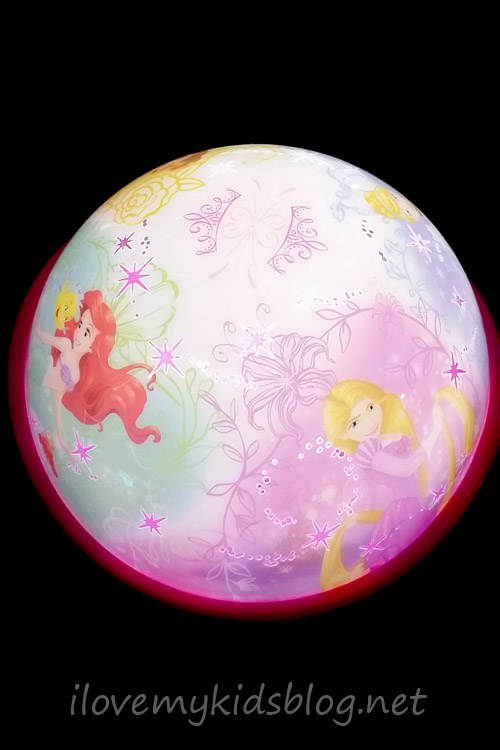 disney-princess-light-projector-glowing-globe