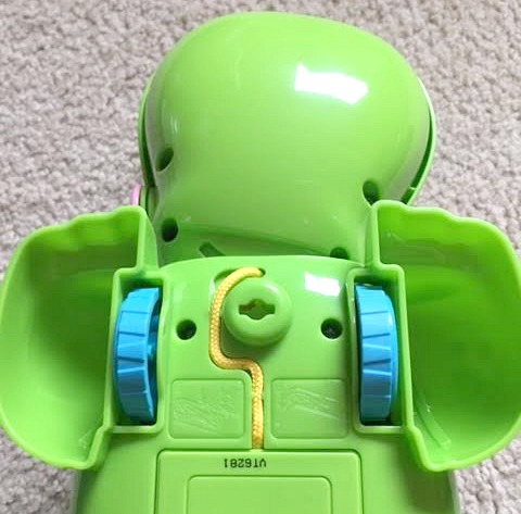 vtech-pull-learn-alligator-string