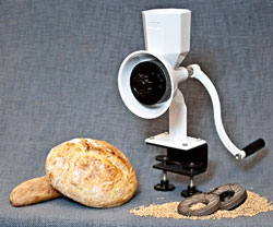 Why you want to have a Wonder Junior Deluxe Hand Grain Mill in your home