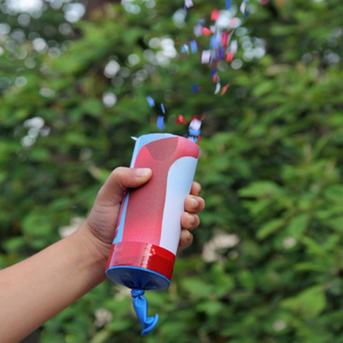 4th of July Craft Ideas-Homemade confettie launchers