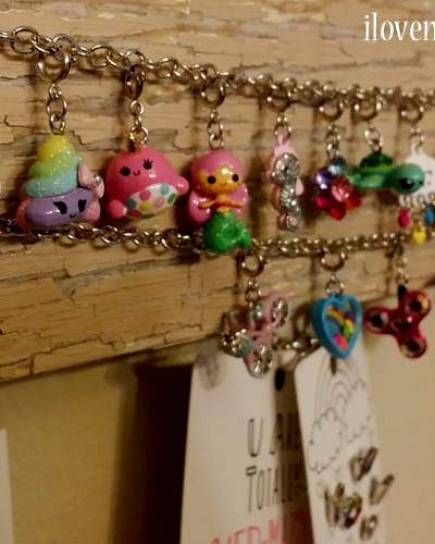 How to make a Custom DIY Charm and Necklace Holder in Under 5 Minutes {DIY VIDEO TUTORIAL}