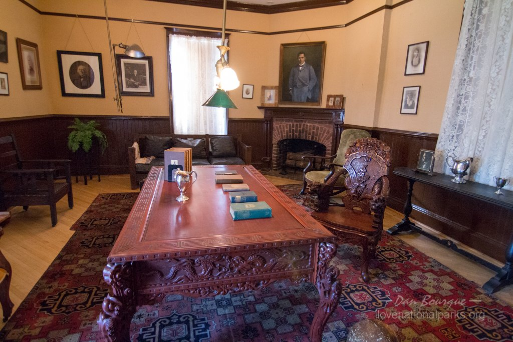 Tuskegee Institute NHS The Oaks Booker T Washington office     I Love     Tuskegee Institute NHS The Oaks Booker T Washington office