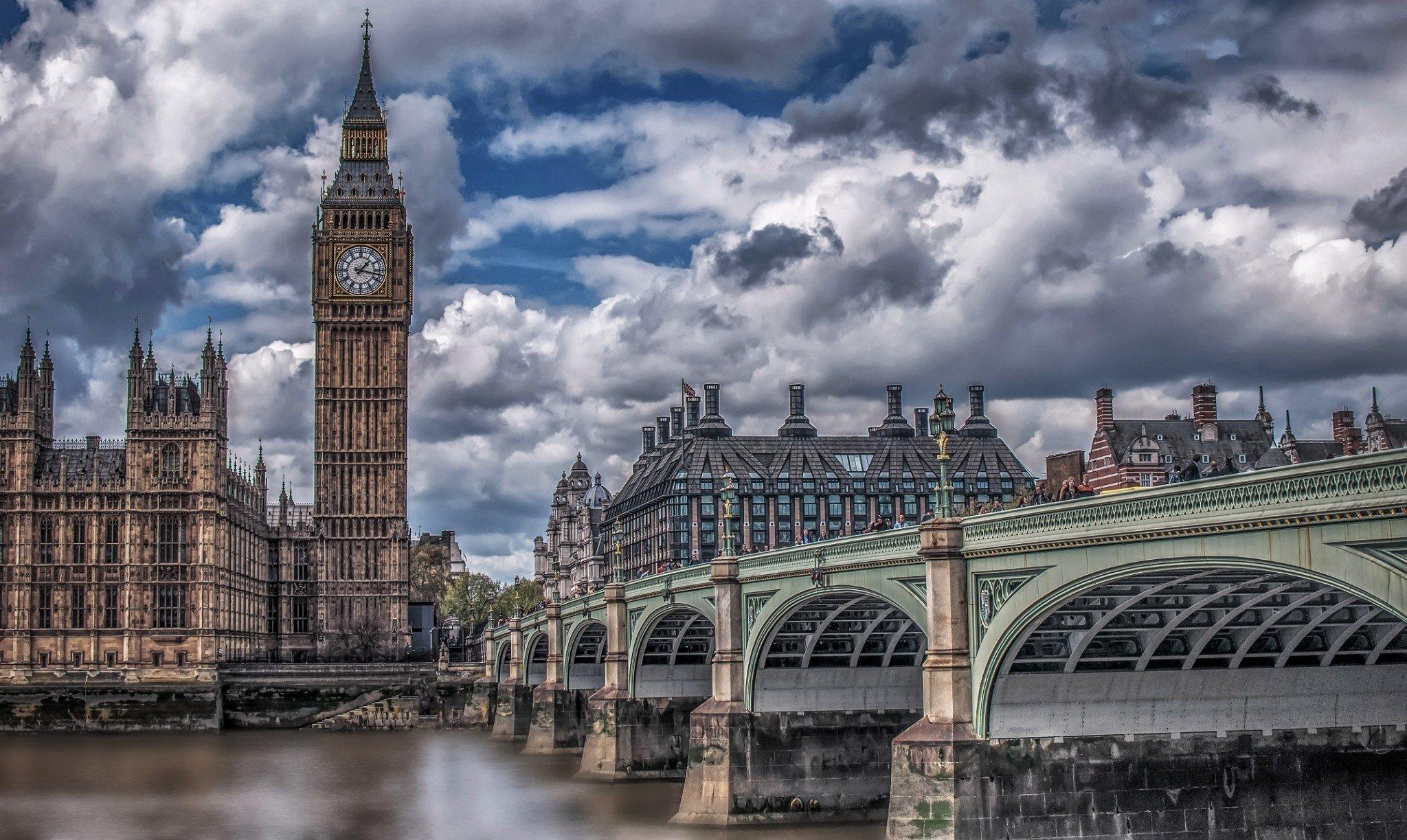 london-1900570