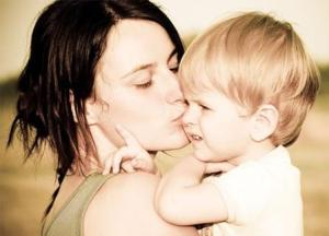 What Is Attachment Parenting And How Does It Affect Your Child Growth