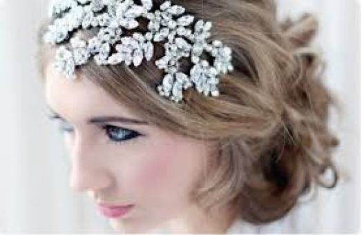 bridal accessories pieces