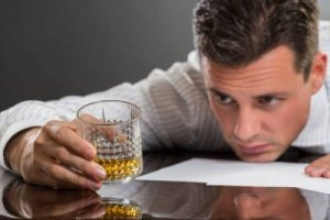 Want To Know If You Drink Too Much For Your Own Good? These 9 Signs Would Help You Out