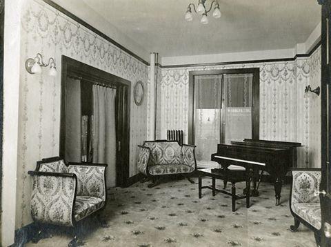 Interior Robidoux Hotel 1918