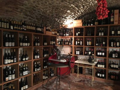 The cellar (shop)