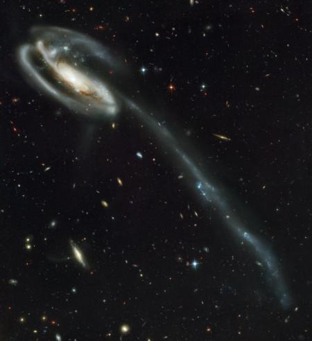 2002_Hubble_Galaxy