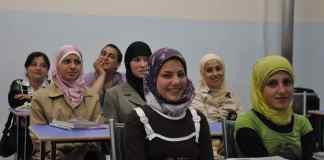 donne straniere scuola