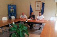 Chiellino, Talarico, Cattaneo nel sala consiliare del comune di Carlopoli