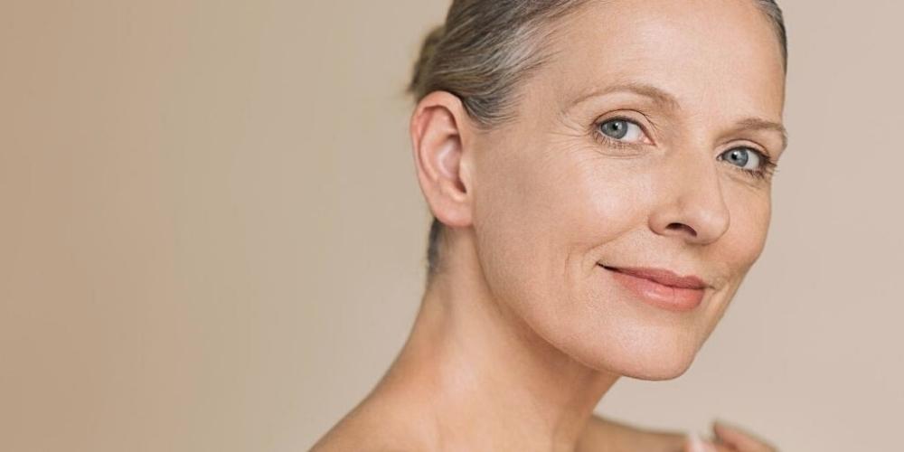 La pelle a 50 anni: impara a curarla nel modo migliore