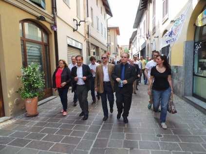 17052015 la russa a Saronno per candidato Ale Fagioli (20)