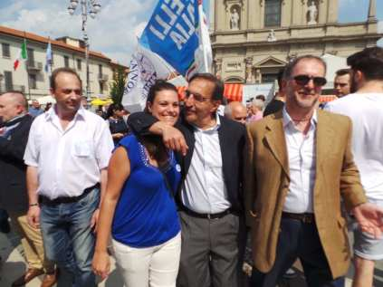 17052015 la russa a Saronno per candidato Ale Fagioli (32)