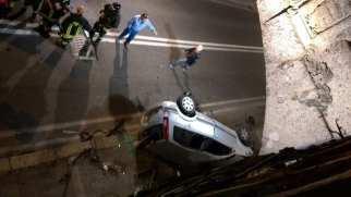 06042016 incidente via primo maggio auto ribaltata (3)