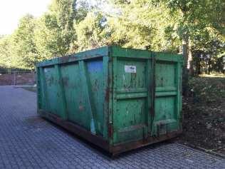 cogliate container rifiuti centro sportivo (2)