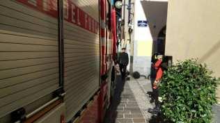 20171010 pompieri e carabinieri via san cristoforo (2)