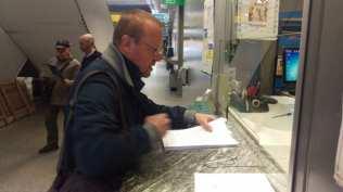20171102 ex saronno seregno consegna firme consiglio comunale aperto (2)