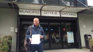 20171102 ex saronno seregno consegna firme consiglio comunale aperto (4)