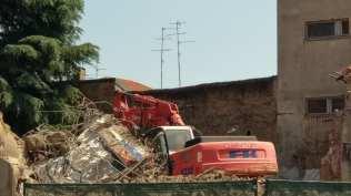 demolizione ex polverone 19072018 (1)
