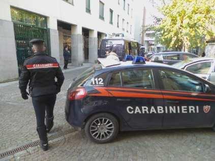 14122018 carabinieri sequestro centro (6)